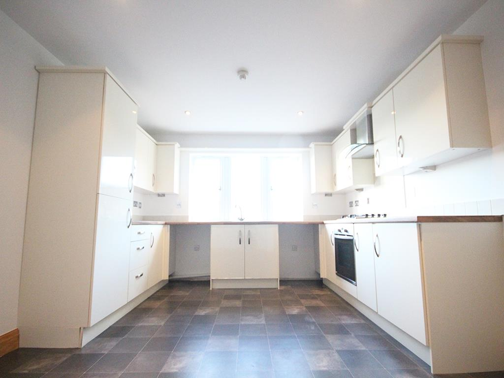 2 bedroom flat For Sale in Foulridge, Colne - IMG_0909.jpg